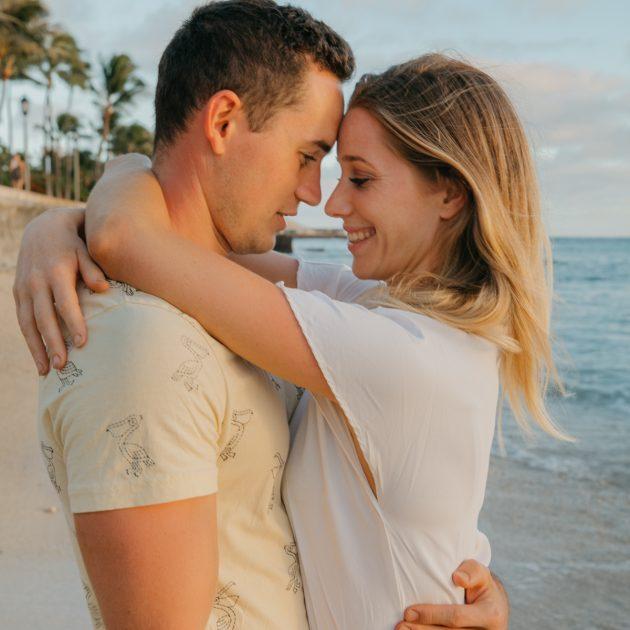 couples session hawaii honolulu spain destination wedding photographer españa fotografo amor bodas paraiso intimate sesion intima